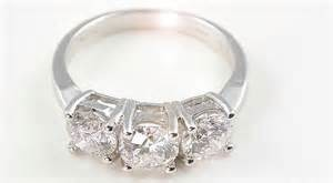 selling a diamond ring